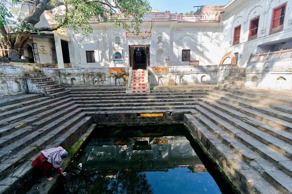 Rishikund-The Holy Water Tank at Triveni Ghat in Rishikesh