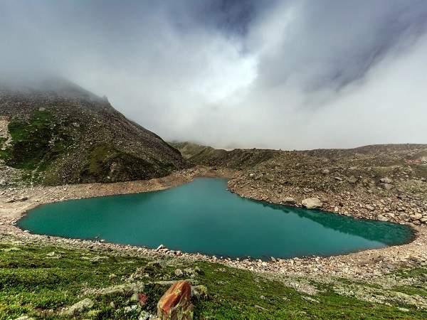 satopanth-tal- lake