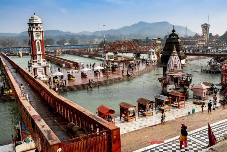 6 Best Ashrams To Stay in Haridwar at An Economical Price