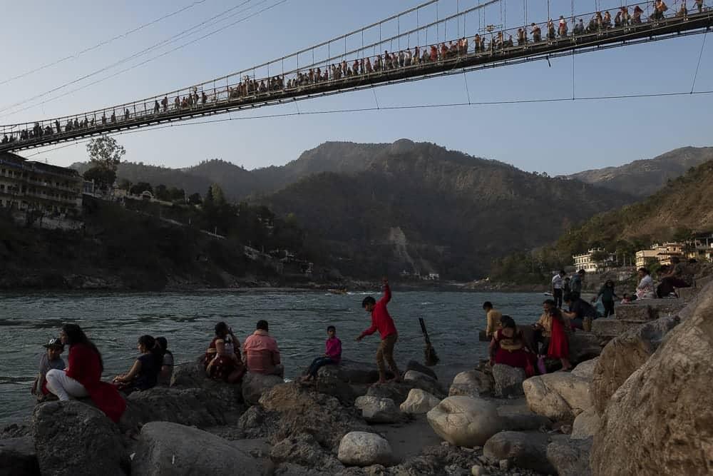 Percorri i ponti Laxman Jhula e Ram Jhula