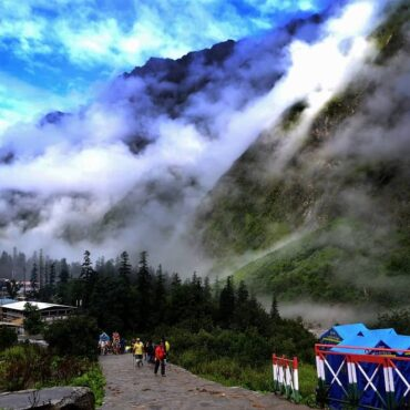 Ghangaria Village – a Peaceful stop-off  while trekking to the Valley of Flowers and Hemkund Sahib