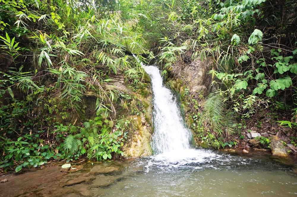 Garud Chatti Waterfalls, Rishikesh. The spot is famous for Waterrfalls rappelling